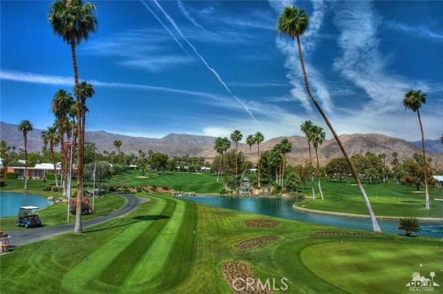 47043 Arcadia Lane, Palm Desert CA: http://media.crmls.org/medias/ff881dd4-ee74-46ee-975a-6479219ba820.jpg