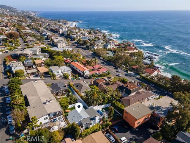 274 Upland Road, Laguna Beach CA: http://media.crmls.org/medias/ff96f47f-b3fa-46ff-bb9a-81bffdd9cfcb.jpg