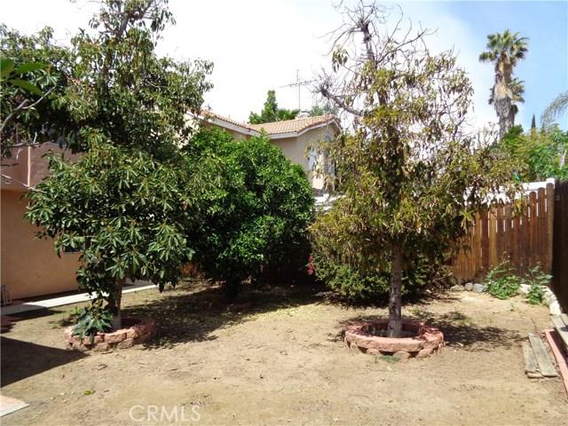 12930 Sample Court, Moreno Valley CA: http://media.crmls.org/medias/ff992ed0-6859-459e-9fa1-926362fe4d7c.jpg