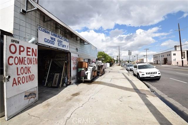 6415 S Figueroa St, Los Angeles, CA 90003 Photo 2