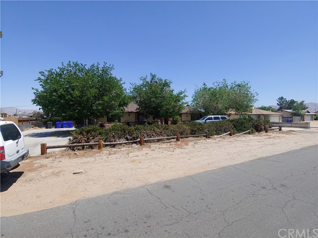 12277 Snapping Turtle Road Apple Valley CA 92308