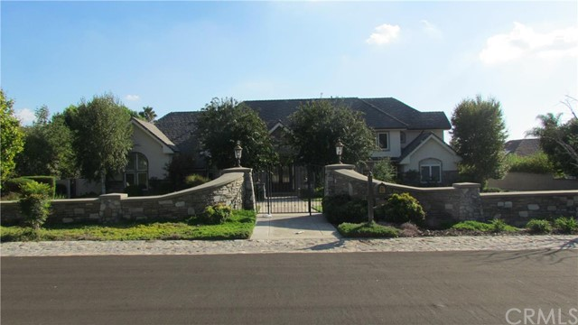 Single Family Home for Sale at 838 Brigham YoungDrive Claremont, California 91711 United States