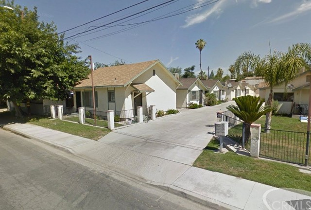 Single Family for Sale at 332 Mccord Avenue Bakersfield, California 93308 United States