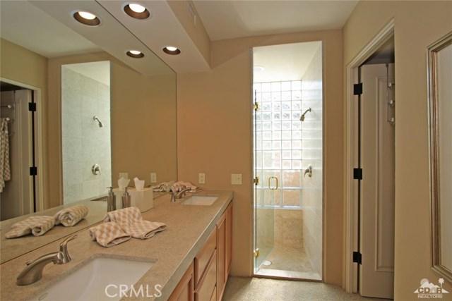 428 Morning Dove, Palm Desert CA: http://media.crmls.org/medias/ffc0e04f-ca12-49db-9e74-c1579c3f5de3.jpg