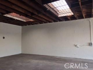 5811 S Denker Avenue, Los Angeles CA: http://media.crmls.org/medias/ffc3a65c-8eed-4093-8183-dd401ba399a0.jpg