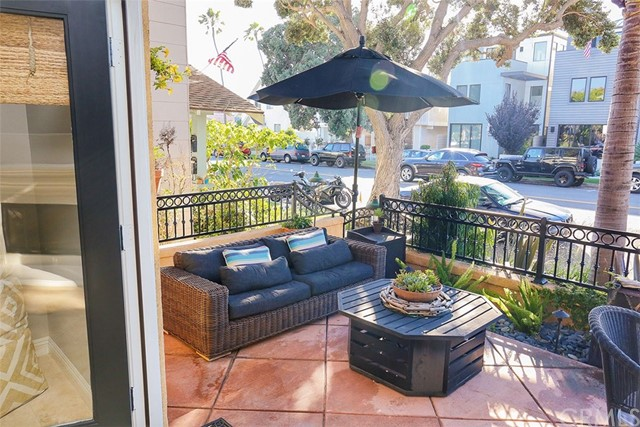314 6th Street Huntington Beach, CA 92648 - MLS #: NP17184132