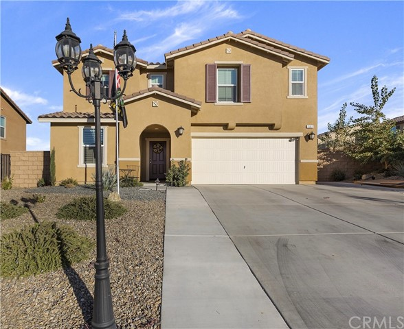 Detail Gallery Image 1 of 1 For 15837 Papago Pl, Victorville, CA 92394 - 5 Beds | 3 Baths