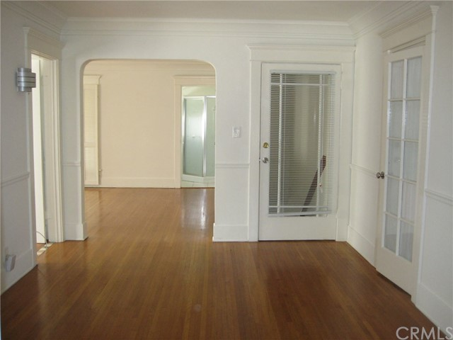 Duplex for Rent at 238 N Irving Boulevard 238 N Irving Boulevard Los Angeles, California 90004 United States