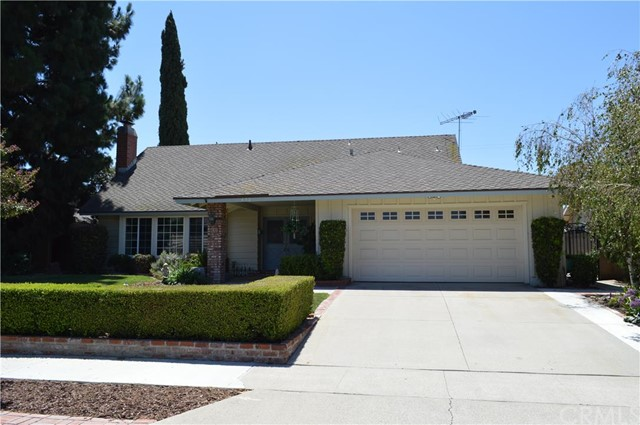 Single Family Home for Sale at 432 Hillcrest St Placentia, California 92870 United States