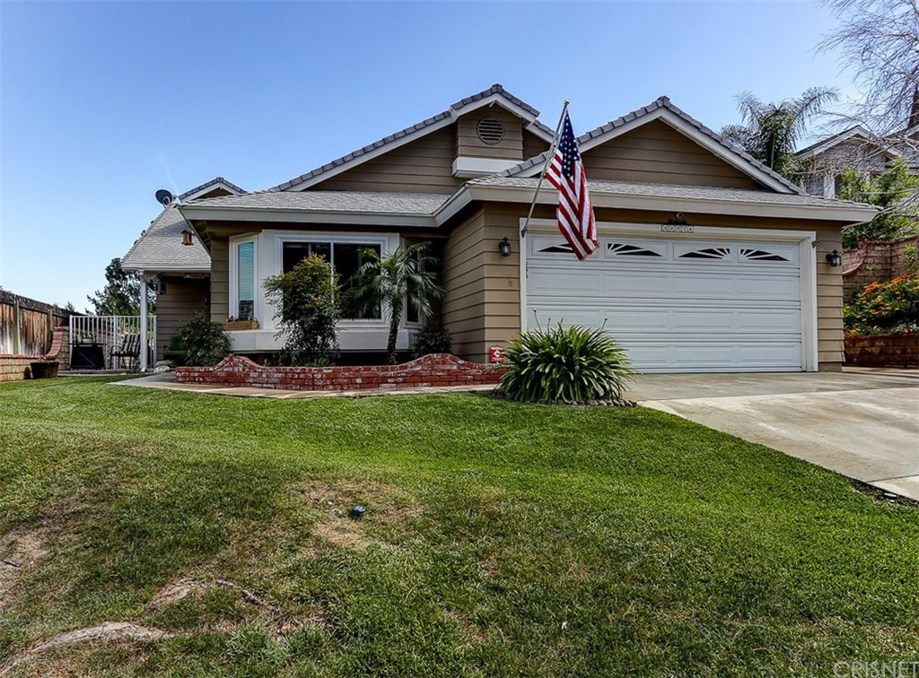 Property for sale at 28214 Royal Road, Castaic,  CA 91384