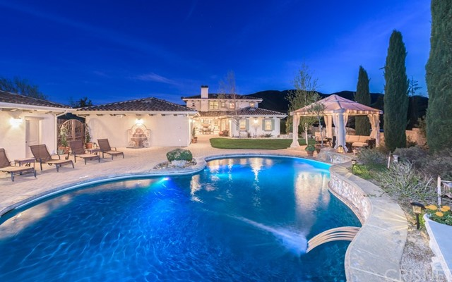 Single Family Home for Sale at 11043 Elizabeth Lake Road Leona Valley, California 93551 United States