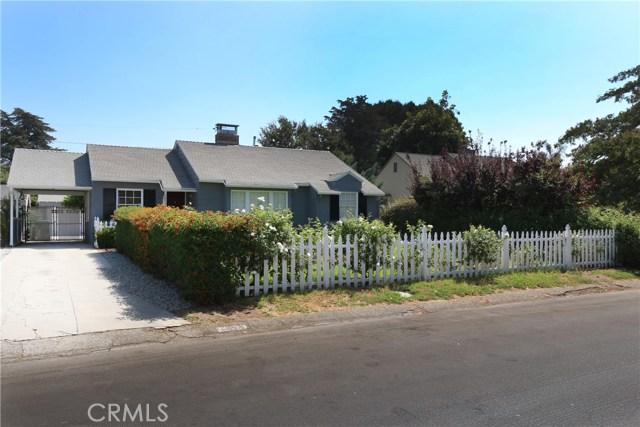 5530 Carpenter Avenue, Valley Village CA: http://media.crmls.org/mediascn/003774dc-1b25-4486-8260-e5b8838fe3cc.jpg