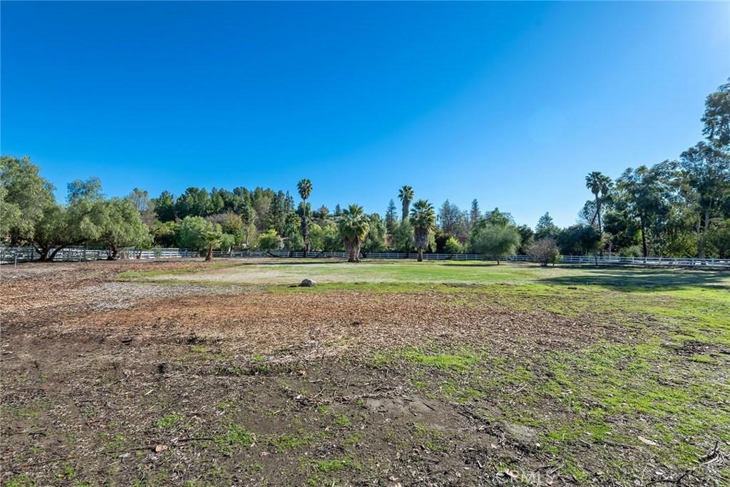 Photo of 5546 PARADISE VALLEY ROAD, Hidden Hills, CA 91302