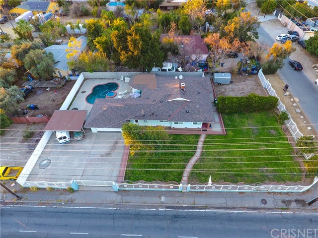 Additional photo for property listing at 13963 Polk Street  Sylmar, California 91342 United States