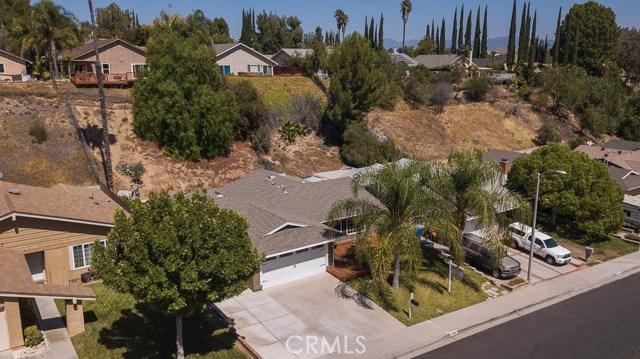 22989 Mulberry Glen Drive, Valencia CA: http://media.crmls.org/mediascn/00ccec09-37fb-43a4-bd91-f929b2bc474f.jpg