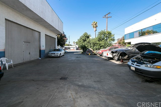 Commercial for Sale at 520 S Verdugo Drive 520 S Verdugo Drive Burbank, California 91502 United States