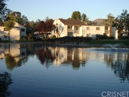 Property for sale at 25811 Tournament Road #H16, Valencia,  CA 91355
