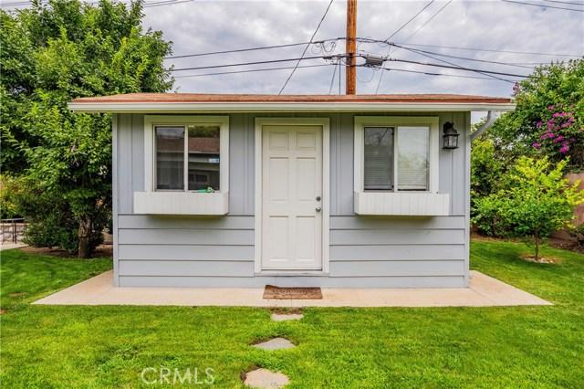 6522 Sale Avenue, West Hills CA: http://media.crmls.org/mediascn/01606a0d-e6bc-4107-ab43-104fcddf2f5b.jpg
