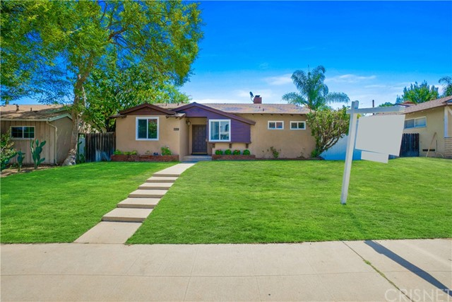 5536 Balboa Boulevard, Encino CA: http://media.crmls.org/mediascn/01b9f0e7-dad4-4c3e-80dc-20334e7b500f.jpg