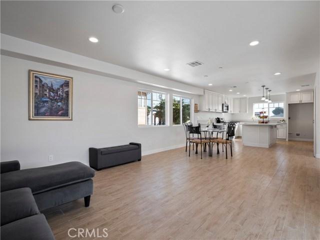 329 E Hazel Street, Inglewood CA: http://media.crmls.org/mediascn/01f5a9f4-da1f-4d2e-b646-69d57e9b91b9.jpg