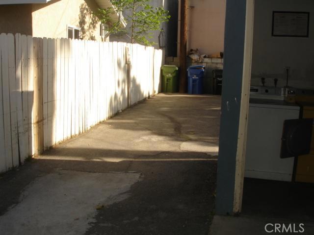 14642 Calvert Street, Van Nuys CA: http://media.crmls.org/mediascn/02457983-0548-4856-9d86-b2b8ad473ae5.jpg