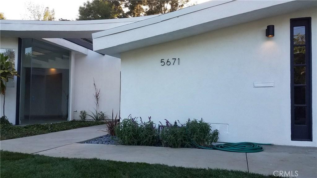 Photo of 5671 Rawlings Avenue, Woodland Hills, CA 91367