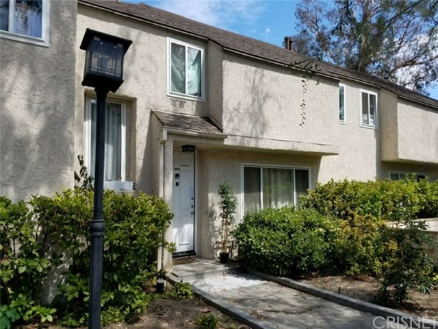 Townhouse for Sale at 5644 Etiwanda Avenue Unit 8 5644 Etiwanda Avenue Tarzana, California 91356 United States