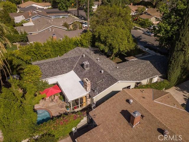 14331 Killion Street, Sherman Oaks CA: http://media.crmls.org/mediascn/027361f9-5e71-486e-89b2-5a82dfbbbb42.jpg