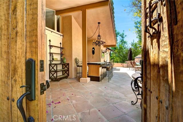 4801 La Montana Circle, Tarzana CA: http://media.crmls.org/mediascn/029900dd-26a2-4d61-af6d-4e9966c8868d.jpg