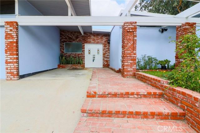12662 Jimeno Avenue, Granada Hills CA: http://media.crmls.org/mediascn/031c112e-e239-4cdc-8e4d-efad3bb2c963.jpg