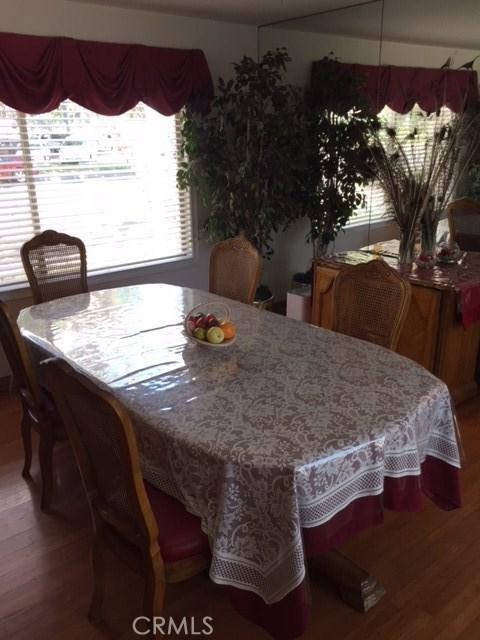 1266 Cary Avenue, Wilmington CA: http://media.crmls.org/mediascn/0365d5cd-8d4e-471d-87c6-4a9ac58b627f.jpg