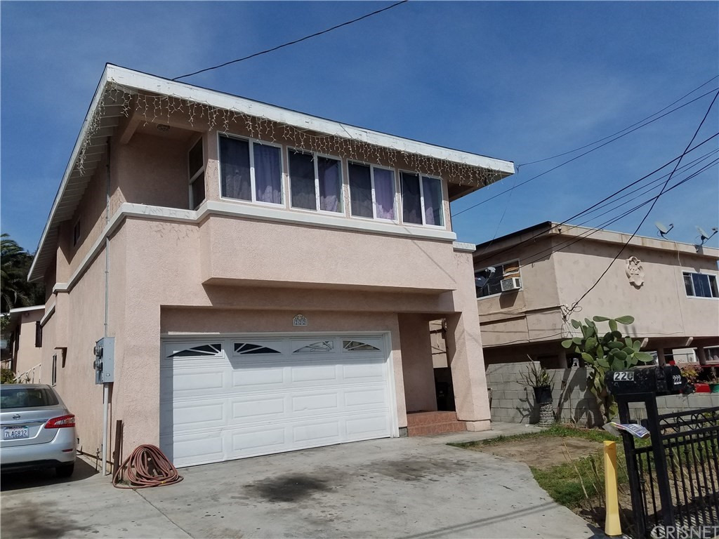 Property for sale at 220 West Santa Cruz Street, San Pedro,  CA 90731