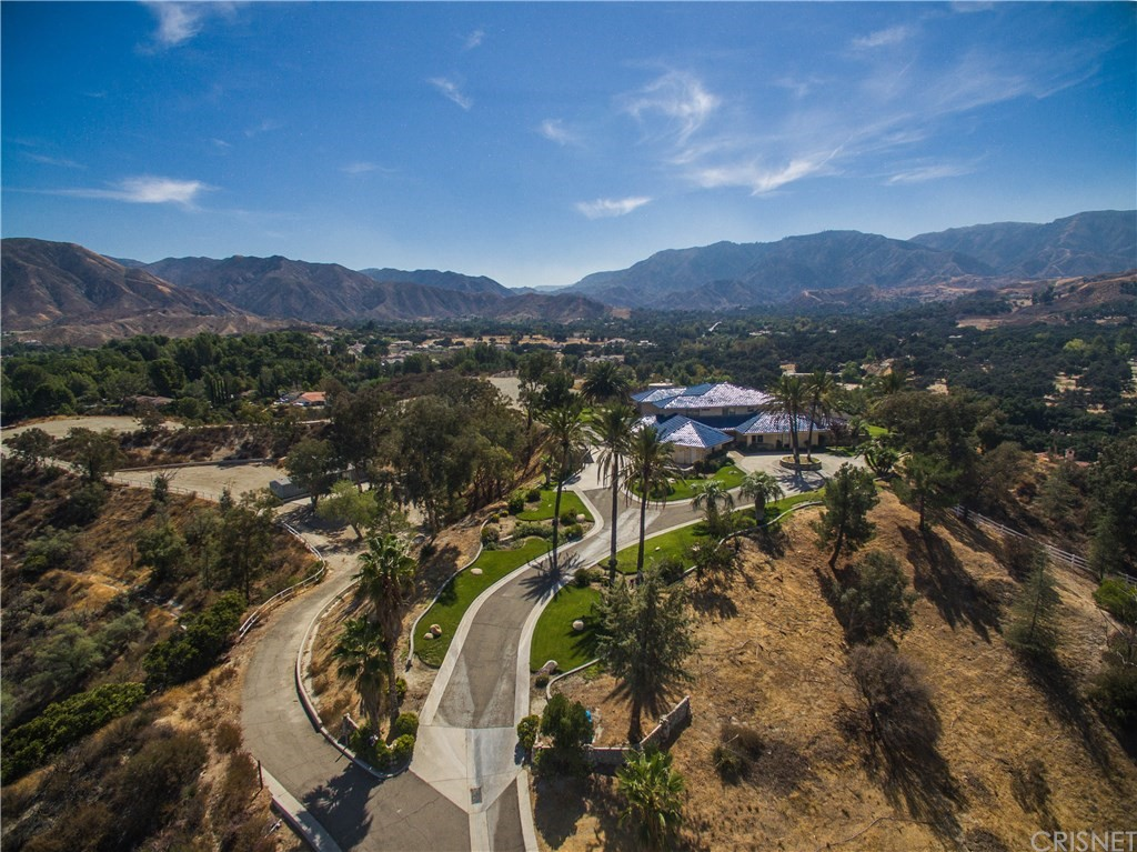 Photo of home for sale at 16115 SKY RANCH Road, Canyon Country CA