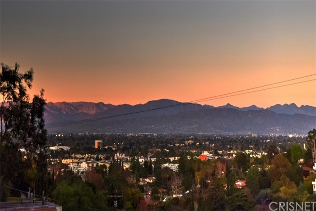Photo of 4029 Sumac Drive, Sherman Oaks, CA 91403