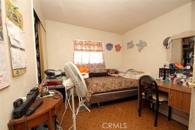 1605 E Avenue R4 Palmdale, CA 93550 - MLS #: SR18117053