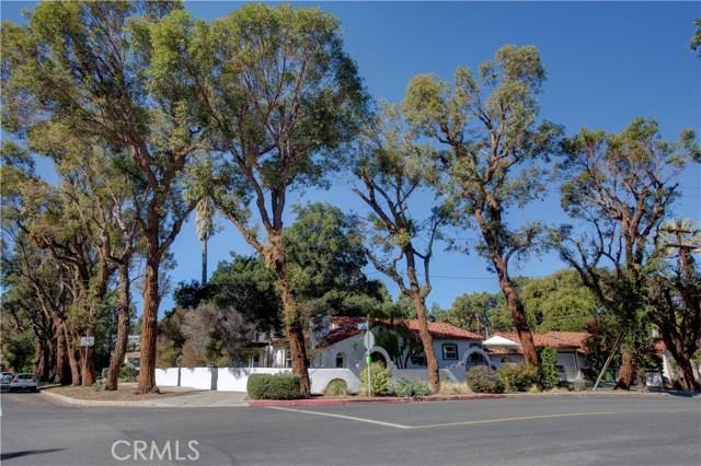 4905  Alhama Drive 4905  Alhama Drive Woodland Hills, California 91364 United States
