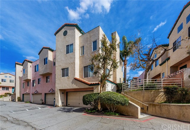 13901 Olive View Lane Unit 18 Sylmar, CA 91342 - MLS #: SR18064983