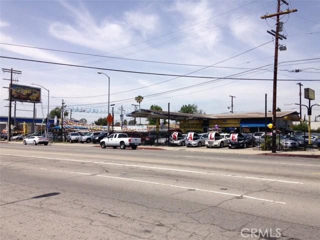 13243 Osborne Street, Arleta CA: http://media.crmls.org/mediascn/0460dcd6-8ed8-4e28-a170-77031d53e109.jpg