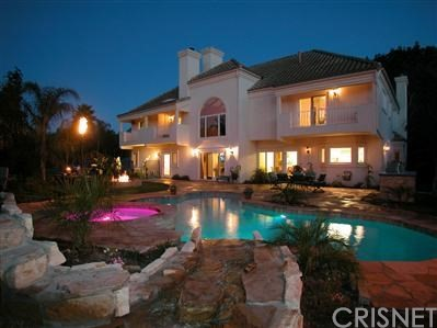 Single Family Home for Sale at 2565 Alhambra Court Camarillo, California 93012 United States