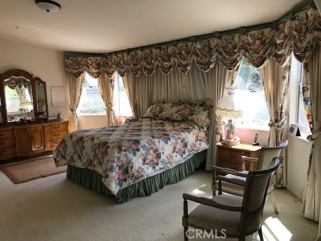 17806 Arvida Drive, Granada Hills CA: http://media.crmls.org/mediascn/04b05a6a-8b3a-4e5c-ba2a-98c0a93e71fb.jpg