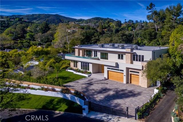 Single Family Home for Sale at 16720 Bajio Road Encino, California 91436 United States