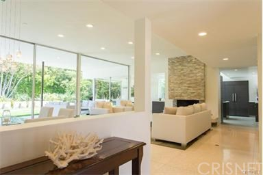 Single Family Home for Rent at 5470 Katherine Avenue Sherman Oaks, California 91401 United States