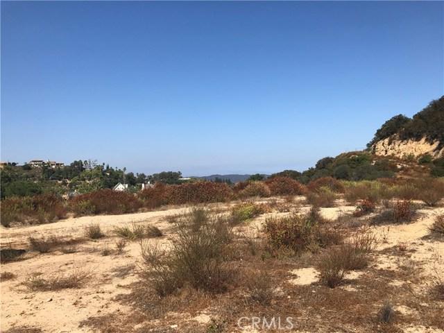 2151 S Rockview Terrace, Malibu CA: http://media.crmls.org/mediascn/04f69a40-e4c1-44a0-bd8c-cf09ff933d7f.jpg