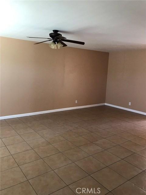 6500 Vanalden Avenue Unit 4 Reseda, CA 91335 - MLS #: SR18242867
