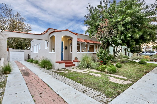 3926 E Wilton Street, Long Beach CA 90804