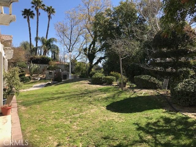 17806 Arvida Drive, Granada Hills CA: http://media.crmls.org/mediascn/052853bc-987d-4757-8d70-ed919c9430ae.jpg