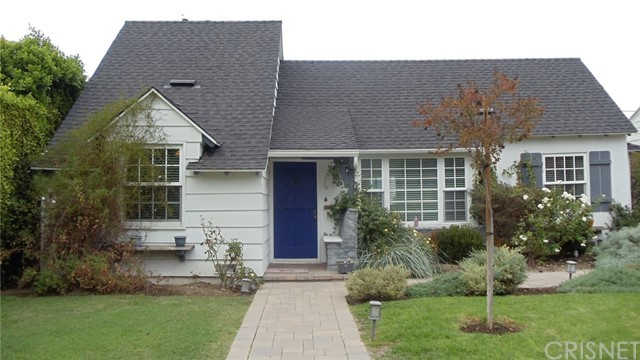 12921 Dickens Street, Studio City CA 91604