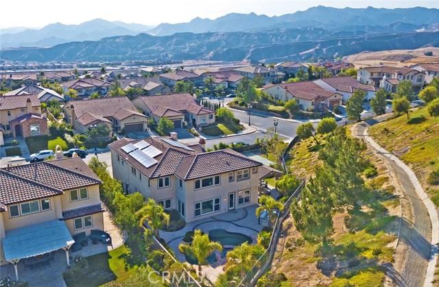 20355 Via Urbino, Porter Ranch CA: http://media.crmls.org/mediascn/0584da2a-bc21-48a7-9b35-c2ac65bfb618.jpg