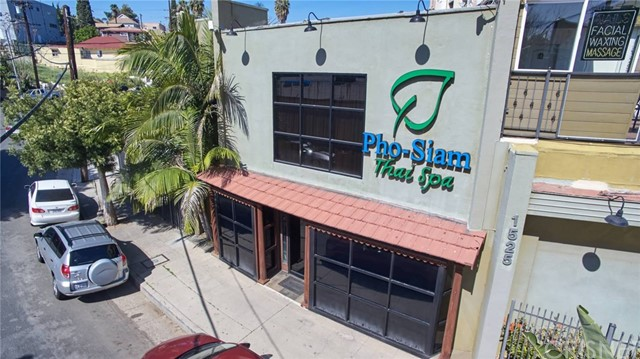 Commercial for Rent at 1519 Pizarro Street 1519 Pizarro Street Los Angeles, California 90026 United States