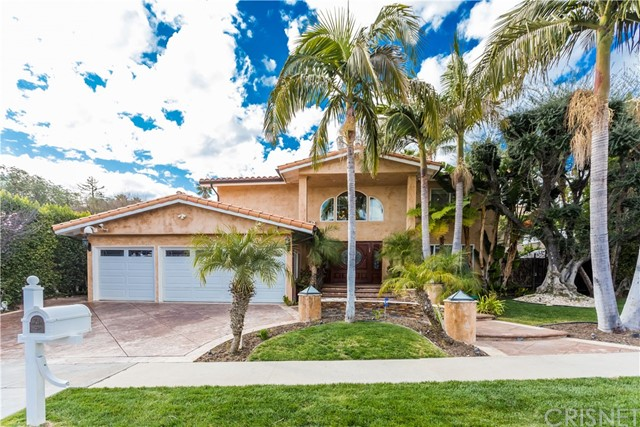 Photo of 6625 Vickiview Drive, West Hills, CA 91307